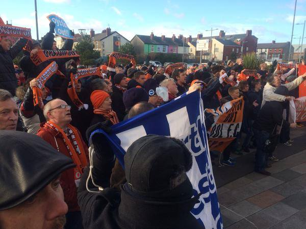 Blackpool oyston out campaign2