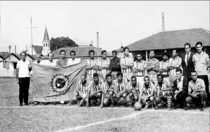 chemicalworkers_unionsoccerteam_sao_paulo_1950s_2