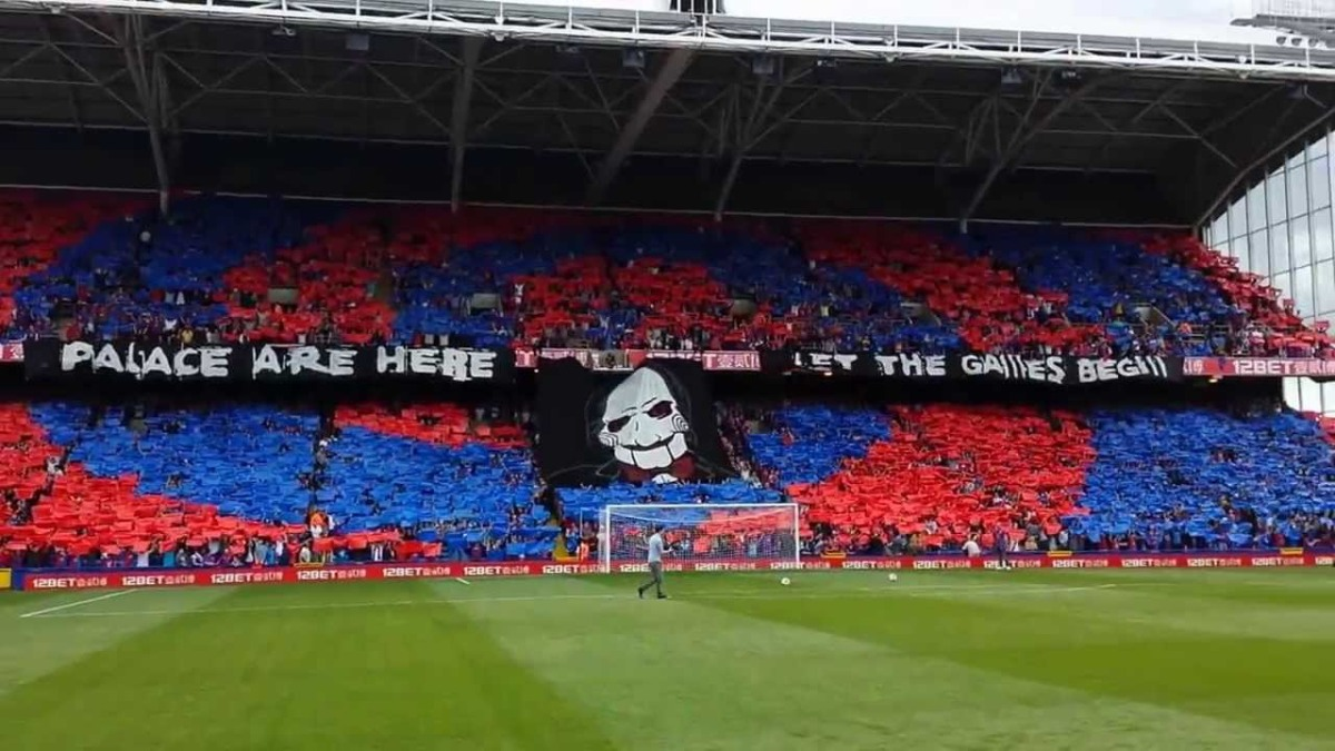 Holmesdale Fanatics display preparations