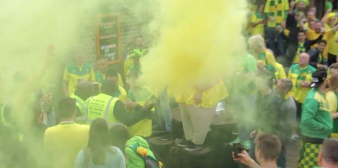 norwich city fans flare