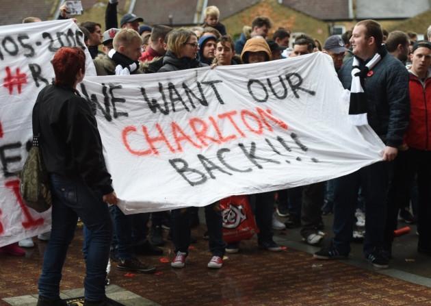 charlton protest1