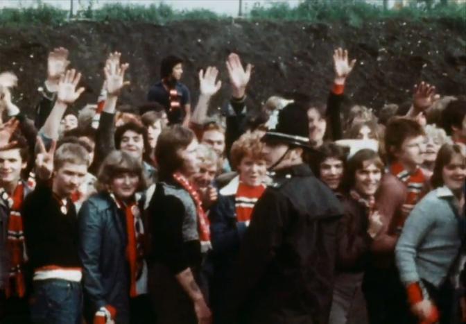 man united fans elland road 1976(1)
